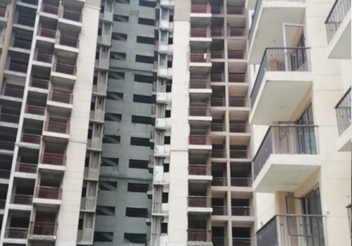 4 BHK apartments in Noida